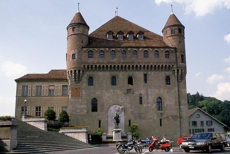 CH112125 Sveitsi Lausannen Château Saint-Maire Vaudin kantoniss