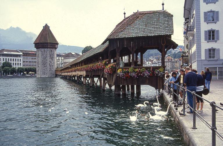 CH281334 Sveitsi Luzernin Kapellbrücke 1997