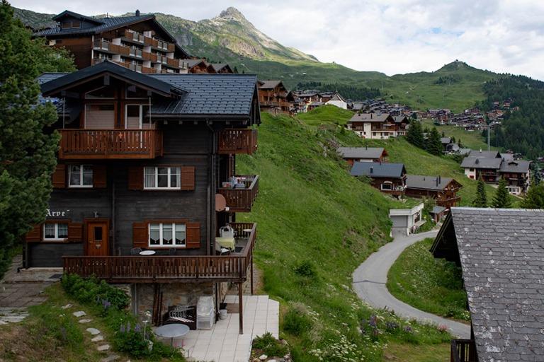 CH_190708 Sveitsi_0117 Bettmeralpin alppikylä Valais´n (Wallis