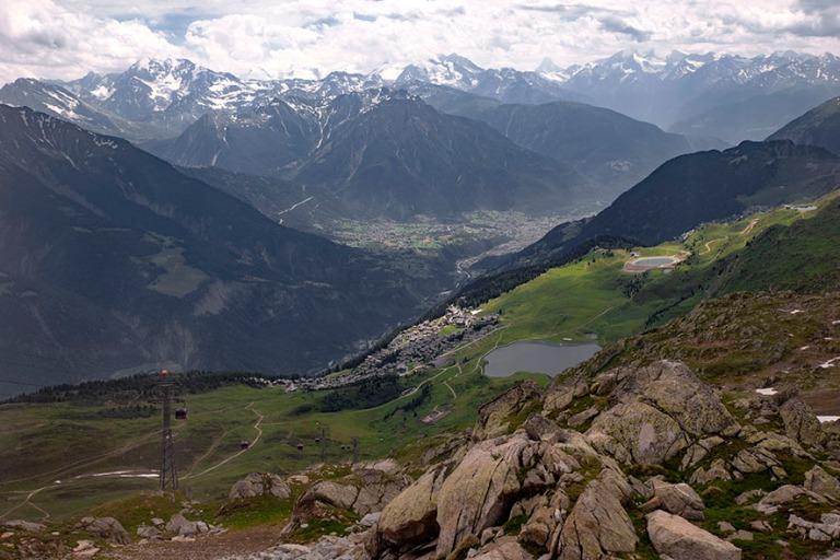 CH_190708 Sveitsi_0256 Alppimaisemaa Bettmerhornilta Valais´n (
