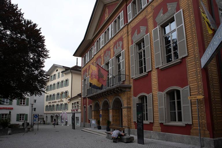 CH_190709 Sveitsi_0057 Altdorfin Lehnplatz Urin kantonissa