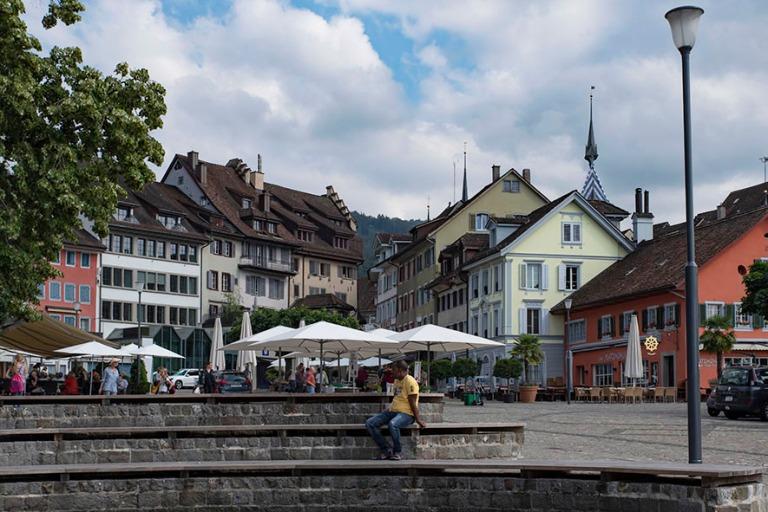 CH_190709 Sveitsi_0157 Zugin kaupungin Landsgemeindeplatz