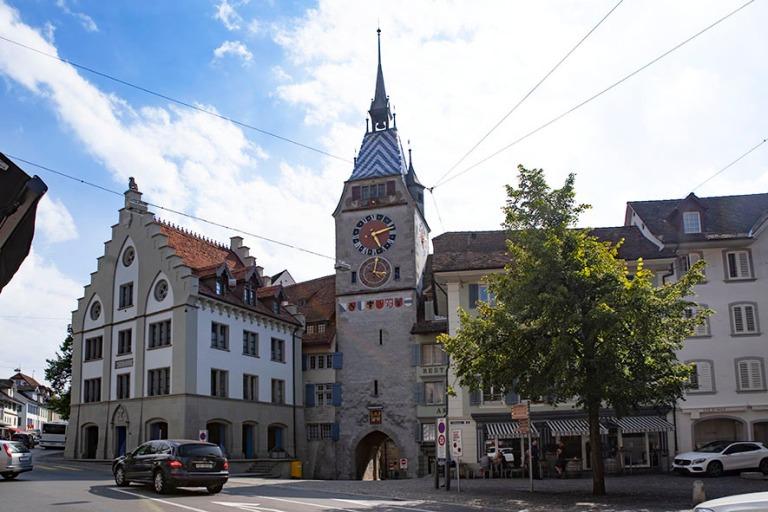 CH_190709 Sveitsi_0177 Zugin kaupungin Zytturm