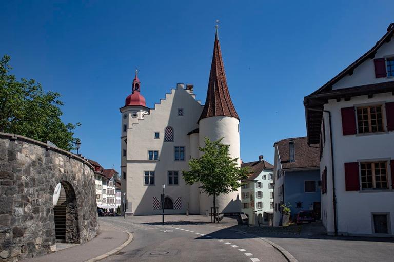 CH_190710 Sveitsi_0159 Surseen raatihuone Luzernin kantonissa