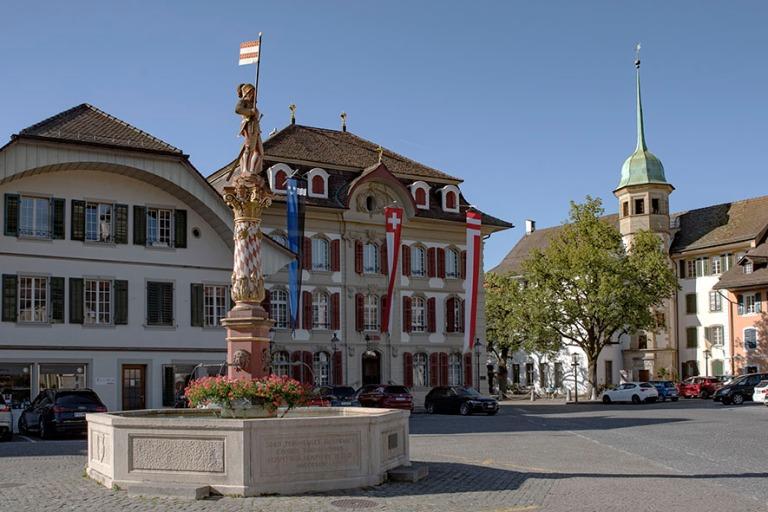 CH_190710 Sveitsi_0238 Zofingenin vanhan kaupungin Niklaus-Thut-