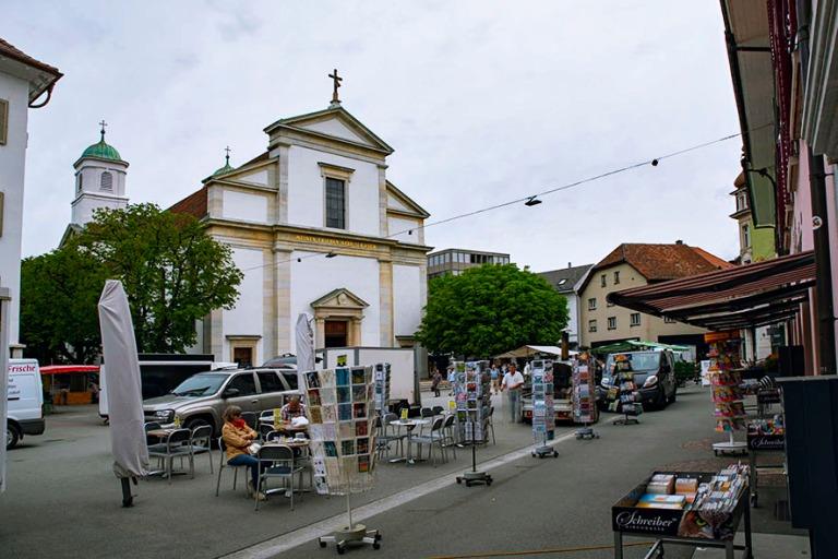 CH_190711 Sveitsi_0044 Oltenin Munzingerplatz ja vanhakatolinen
