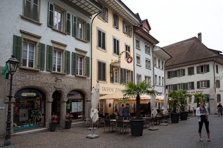 CH_190711 Sveitsi_0050 Oltenin Graben Solothurnin kantonissa