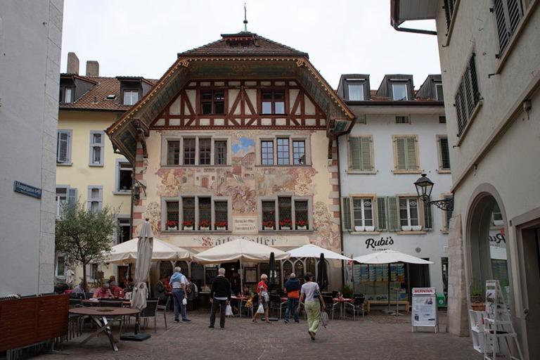 CH_190711 Sveitsi_0058 Oltenin vanhan kaupungin Rathauskeller So