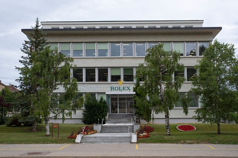CH_190711 Sveitsi_0349 Rolexin  Le Loclen toimipiste Neuchâteli