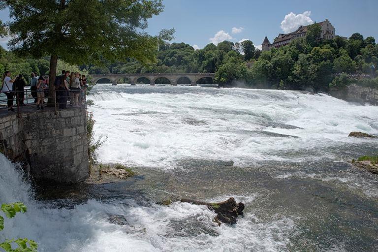 CH_190714 Sveitsi_0188 Reinin putoukset Neuhausen am Rheinfallis