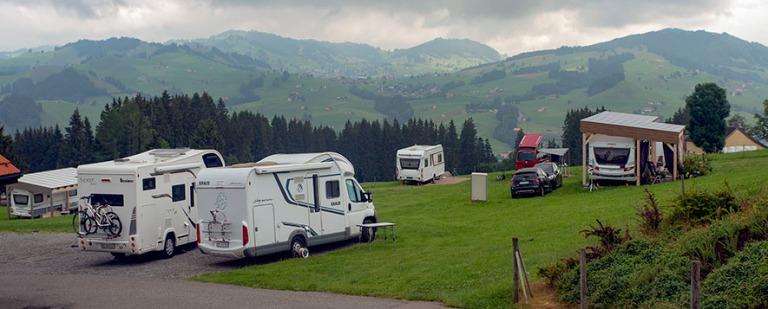 CH_190715 Sveitsi_0010 Appenzellin Camping Eischen Kau Appenzell