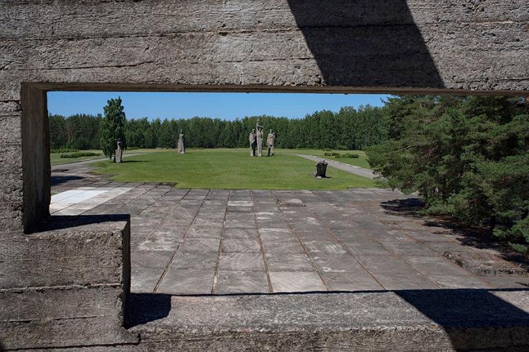 LV_190618 Latvia_0070 Salaspilsin keskitysleirin muistoalue Riia