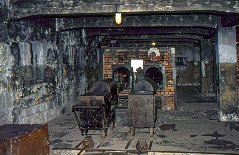 PL030137 Puola Auschwitzin keskitysleirimuseo 1986