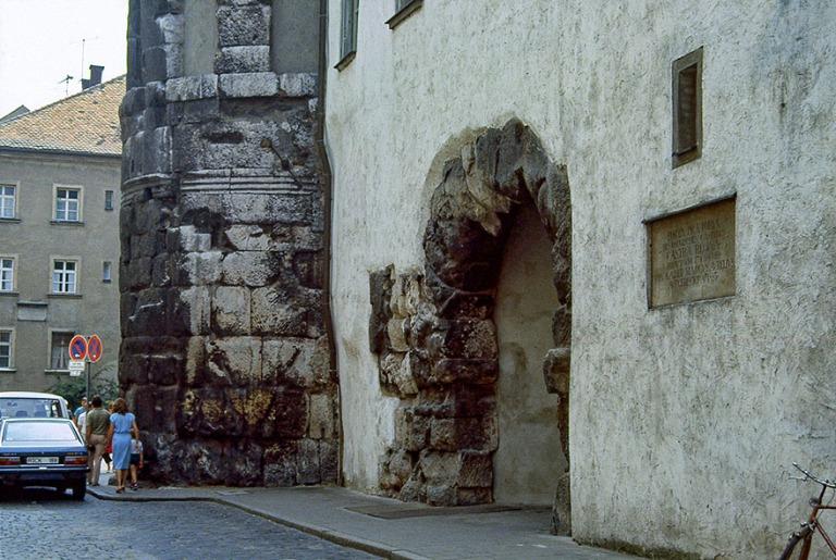 DE015932 Saksa Regensburgin Porta Praetoria roomalaisajalta  198