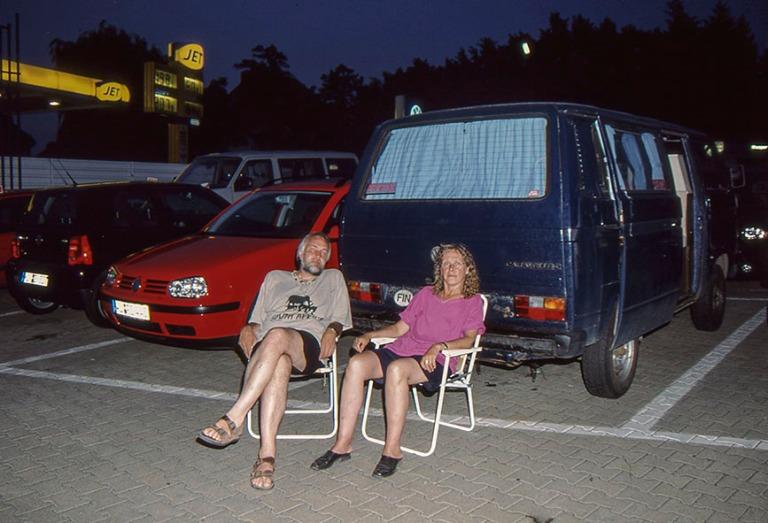 DE448537 Saksa Iltaa Würzburgin VW-korjaamolla heinäkuussa 200