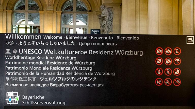 DE_160531 Saksa_0091 Würzburger Residenzin kieltokokoelma Baije