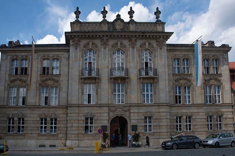 DE_190717 Saksa_0124 Bayreuthin Regierung von Oberfranken Baijer