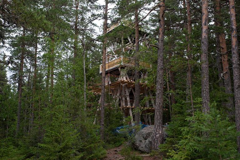 FI_200704 Suomi_0090 Päijätsalon näkötorni Päijänteen kans